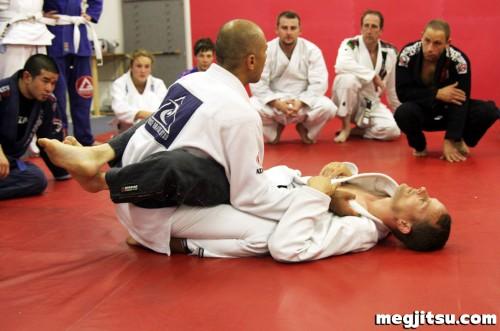 royce-gracie-seminar-2011-07-21-04